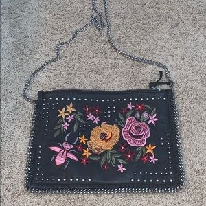 Embroidered chain purse